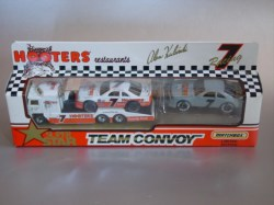 Convoy-TeamConvoy-Hooters-20120601