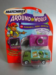 AroundtheWorld-11-BilboardTruck-20140701