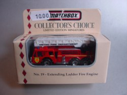 CollectorsChoice No19 ExtendingLadderFireEngine 20181201