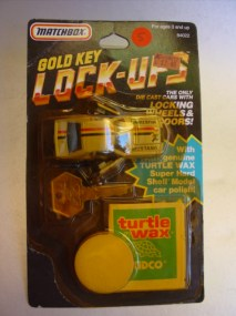 LockUps GoldKey Kidco Matchbox Mustang gold 20161201