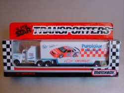 convoycy104-superstartransporter-10purolator-orange